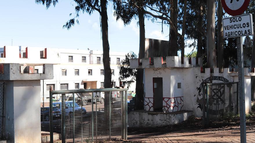 El Ayuntamiento de La Laguna ordena la paralización de las obras de los dos campamentos para migrantes de Tenerife