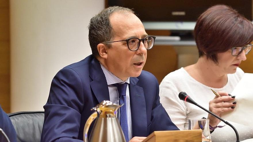 Enrique Soriano participa en la comisión sobre la radiotelevisión valenciana en las Corts