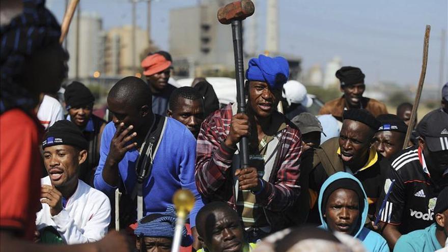 Los mineros de Marikana vuelven al trabajo tras dos días de huelga ilegal