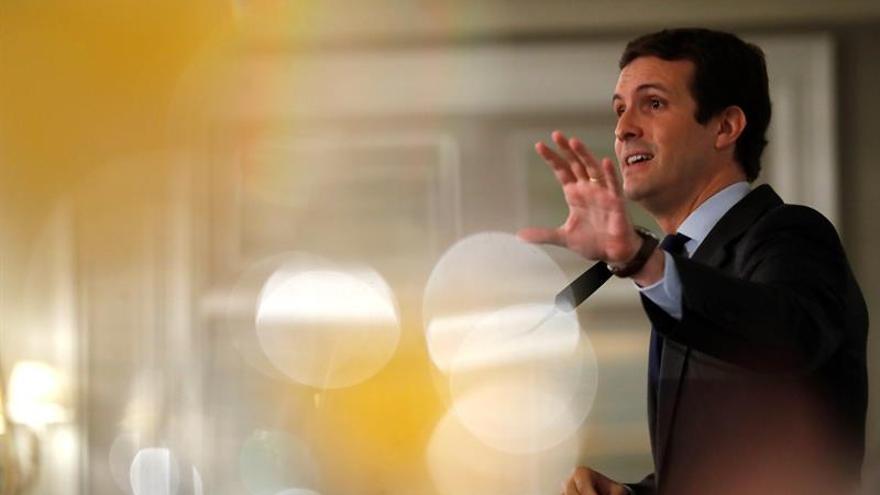 Casado pide a Europa que exija a Sánchez lo mismo que a Rajoy en presupuestos