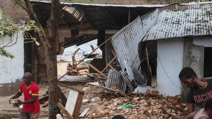 Duque pide apoyo aéreo a EE.UU. para socorrer a los damnificados por el huracán Iota