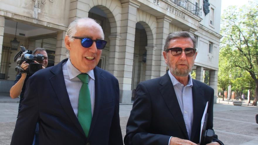 """Expresidentes del Parlamento señalan que diputados conocían """"perfectamente"""" el programa de ayudas de los ERE"""