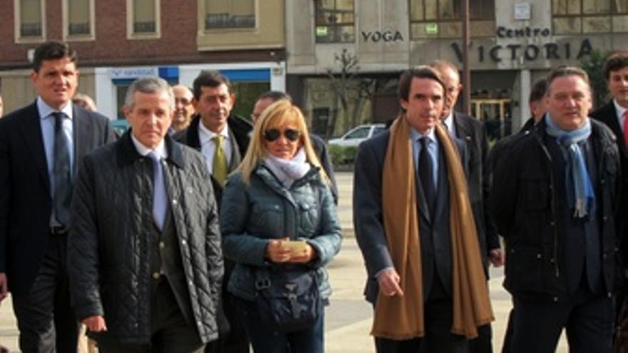José María Aznar Acompañado Por Carrasco, Emilio Gutiérrez Y Alfredo Prada