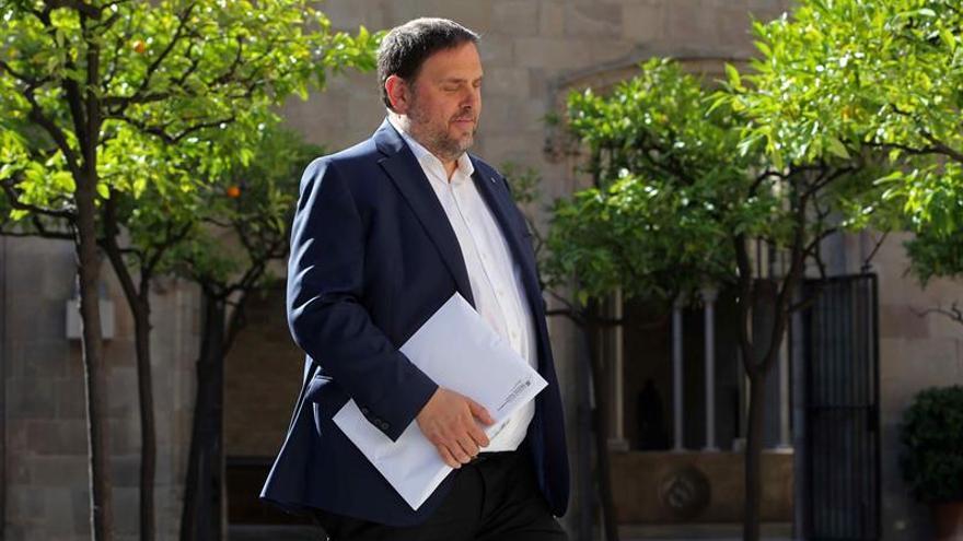 """Junqueras: Fiscalía """"entorpecerá democracia"""" con persecución compra urnas 1-O"""