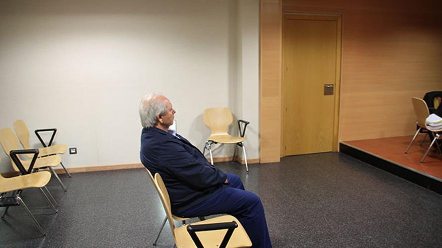 El doctor Benítez, en una de las sesiones del juicio.