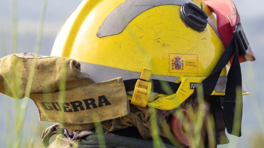 Un incendio activo en Negueira de Muñiz (Lugo) afecta a 24 hectáreas