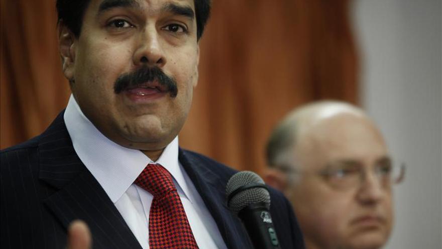 Maduro anuncia que viajará nuevamente a Cuba para visitar a Chávez