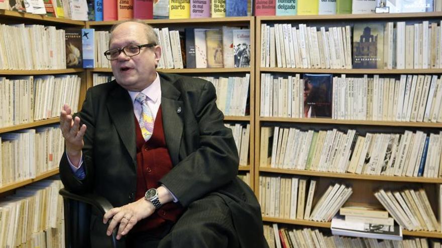 Pere Gimferrer declara que evita que los poemas tenga conexión con los informativos