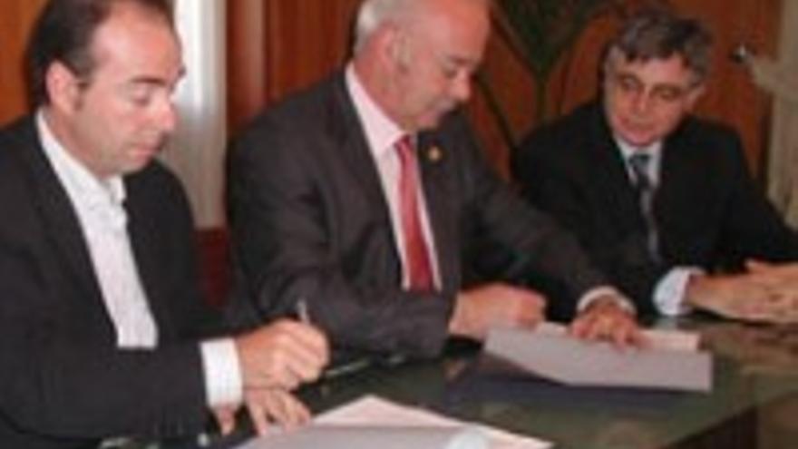 Miguel Zerolo, Ricardo Melchior y Manuel Parejo, en una imagen de archivo.