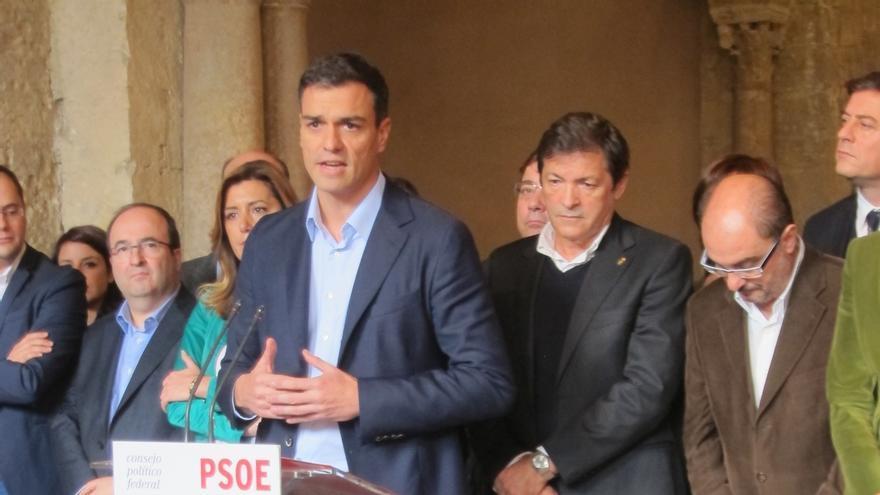 El PSOE retrasa su iniciativa sobre la reforma constitucional en el Congreso, en espera de lo que ocurra en Cataluña