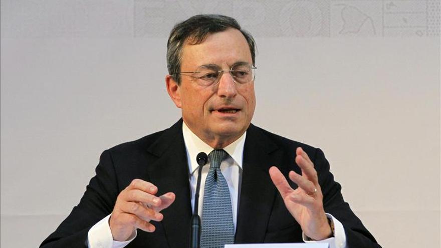 Draghi reitera el compromiso del BCE para elevar la inflación en la zona euro