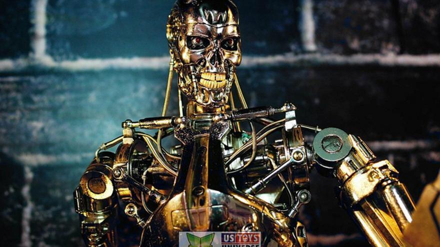 Nick Bostrom piensa que la inteligencia artificial puede ser una futura amenaza para la humanidad