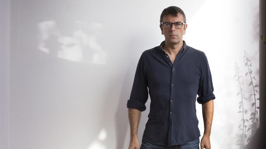Rafael Doctor Roncero es destituido como director del Centro Andaluz de Fotografía.