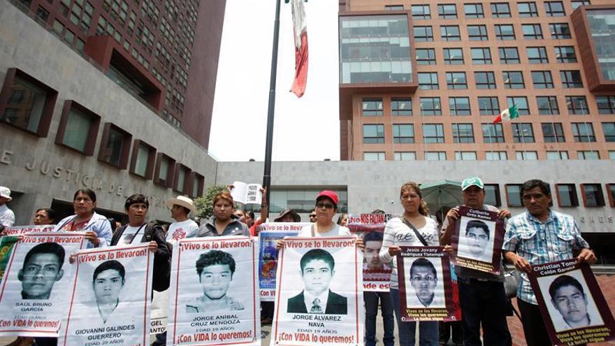 Un experimento descarta que los 43 estudiantes de Ayotzinapa fueran quemados