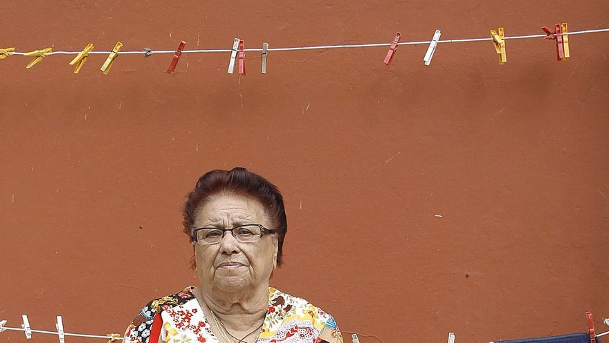 Amparo Pérez, de 86 años de edad, se enfrenta a una expropiación debido a la construcción de un nuevo vial