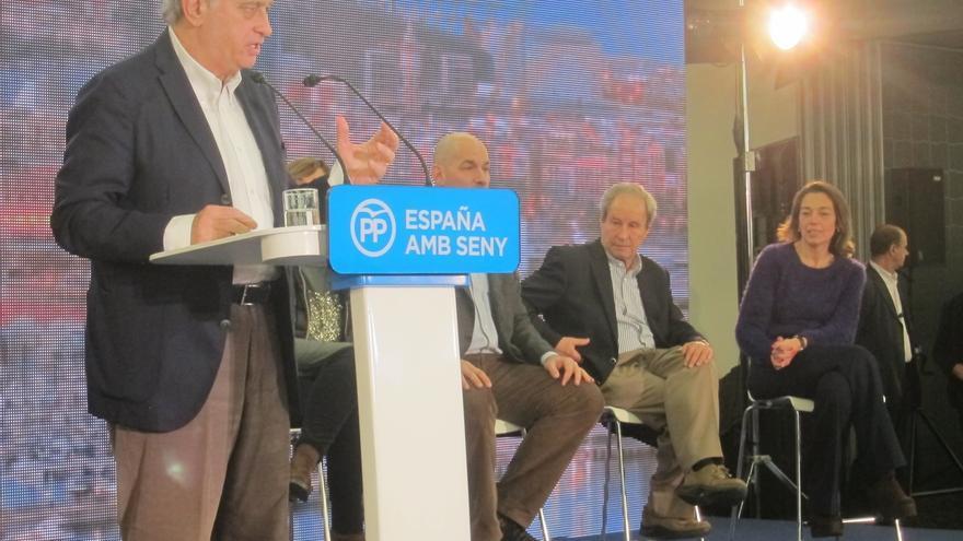 "Fernández Díaz (PP) acusa a CDC de ""traidor"" por incumplir el pacto constitucional"