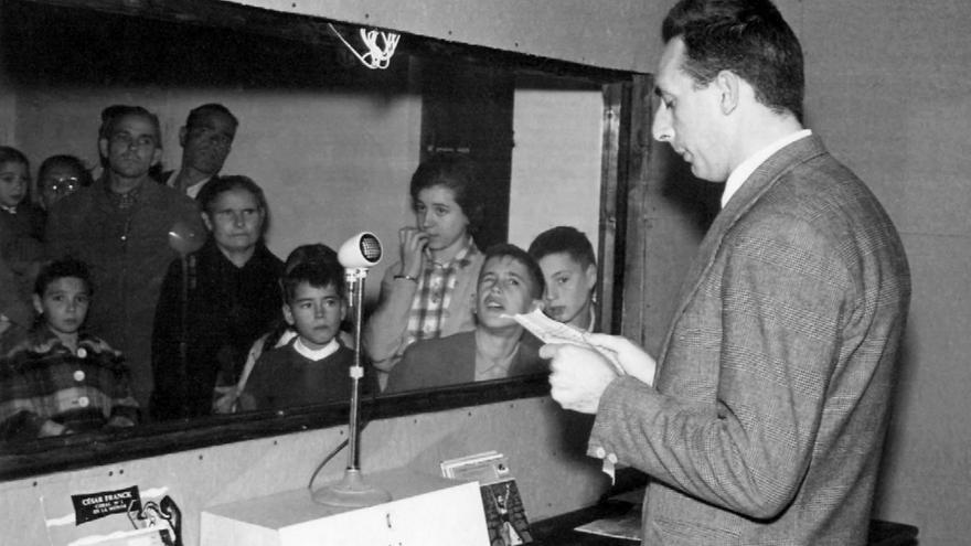 Pascual Enguídanos (George H. White) en Radio Juventud en los años sesenta