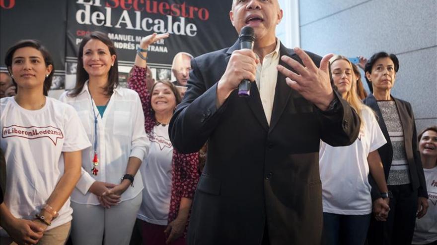 """La oposición dice que la misión de Unasur llegó a Venezuela """"tarde, incompleta y mal"""""""