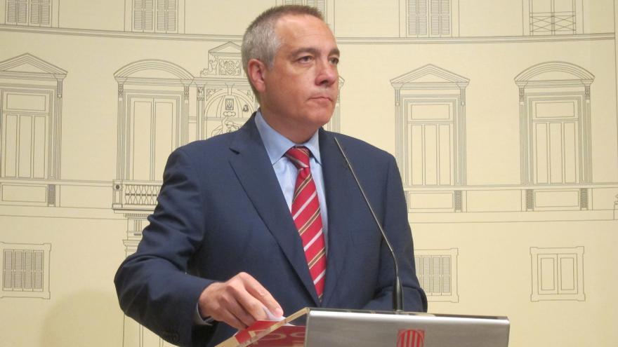 "Navarro (PSC) reprocha a Chacón que discrepe por carta pero destaca que les ""une"" el federalismo"