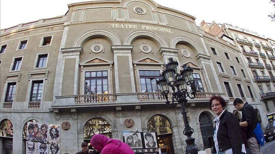 El Teatro Principal reabre sus puertas remodelado y convertido en cabaré