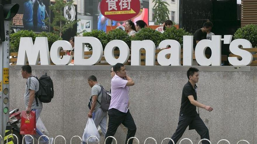McDonald's estudia vender su negocio en China a Citic o Carlyle, según la prensa