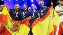 La selección española celebra el triunfo logrado en Arona