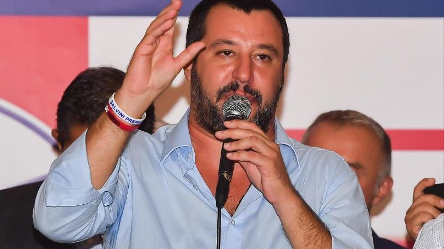 La presentadora italiana Elisa Isoardi anuncia su ruptura con Salvini