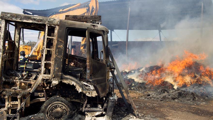 La evolución favorable del incendio de Zamora reduce los medios de extinción
