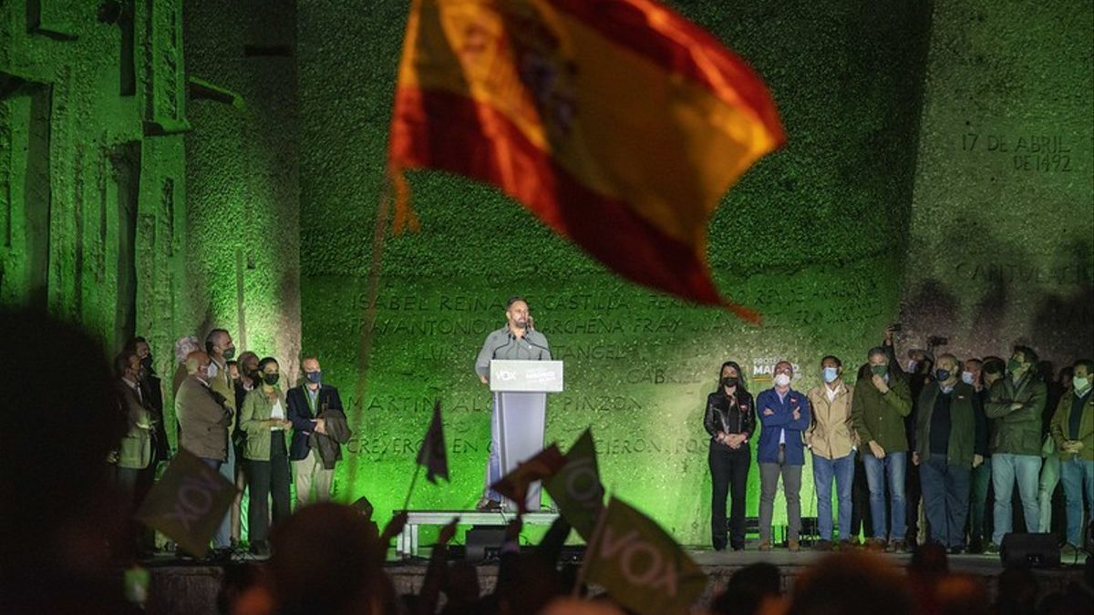 Abascal en el cierre de campaña de las elecciones del 4M en la plaza de Colón