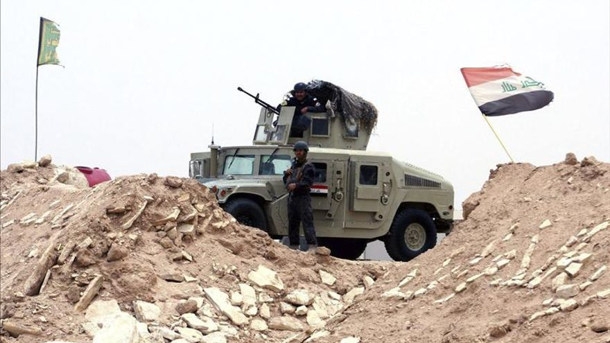 Fuerzas iraquíes expulsan al EI de un barrio y complejo judicial de Ramadi