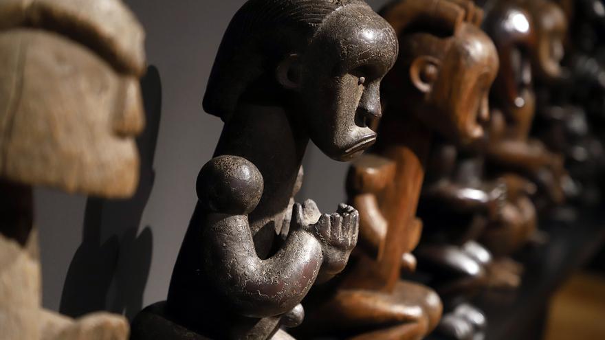 Esculturas visibles en la muestra de la Fundación CajaCanarias, en Santa Cruz de Tenerife