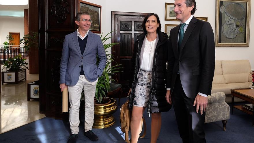 El Ayuntamiento pide a Fomento empezar a dar pasos para el derribo de las naves de Antonio López