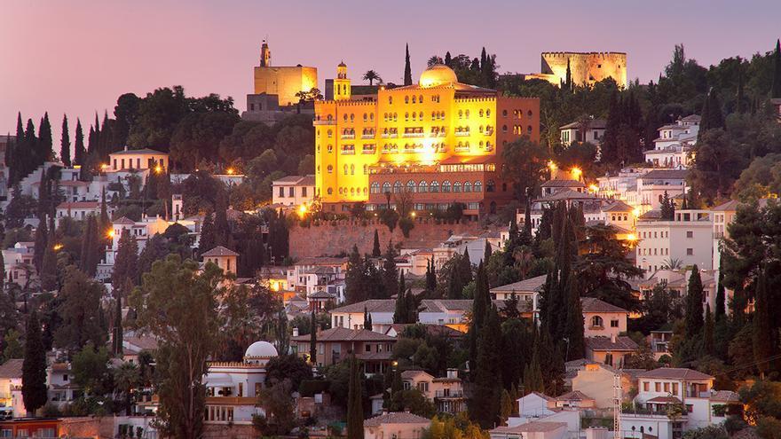 Hotel Alhambra Palace.