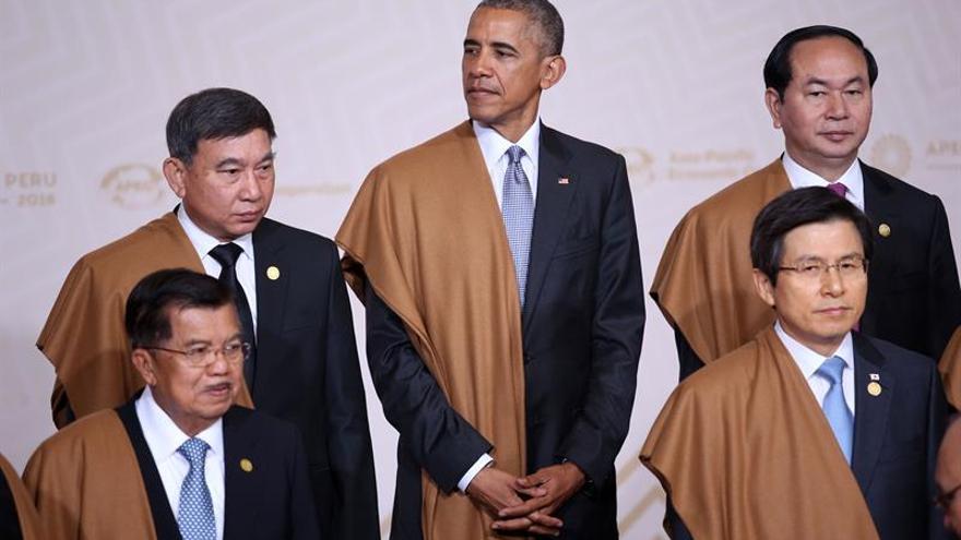 """Obama rechaza poner """"barreras"""" al comercio pese a los desafíos de la globalización"""