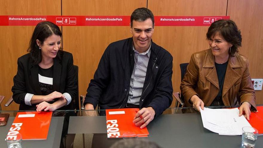 """El PSOE no ve """"deslealtad"""" en Rubalcaba porque es """"dueño de su agenda"""""""