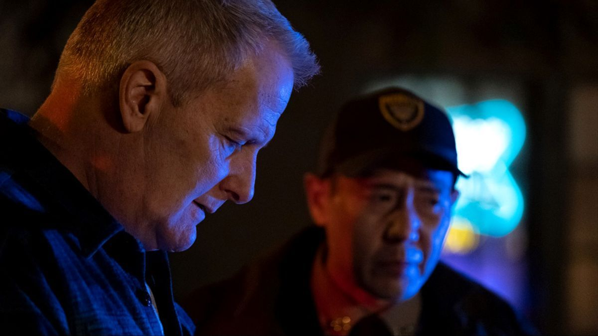Jeff Daniels interpreta al jefe de policía Del Harris