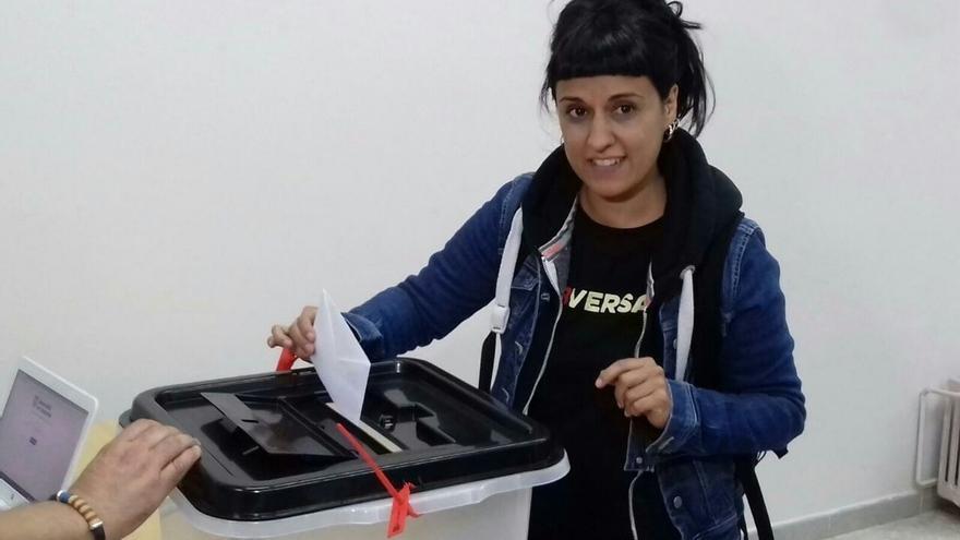 """Anna Gabriel (CUP) vota: """"Un día no podrán más y entonces lo podremos todo"""""""