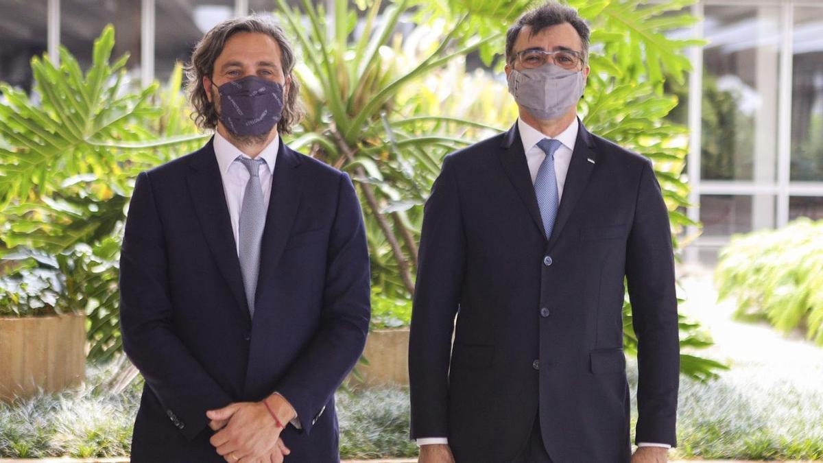 """El canciller Santiago Cafiero y su par de Brasil, Carlos França, anunciaron los """"consensos necesarios"""" para la revisión del Arancel Externo Común que rige el Mercosur."""