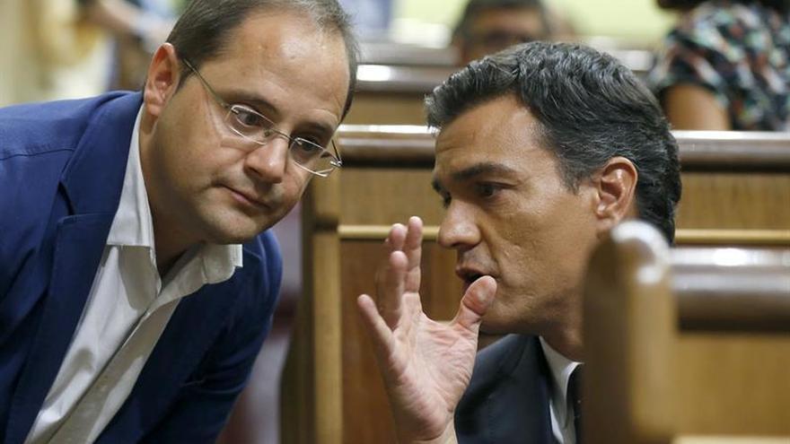 Luena pide a Felipe González que no confunda sus deseos con la realidad