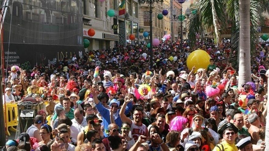 Carnaval de Día en la plaza de la Candelaria