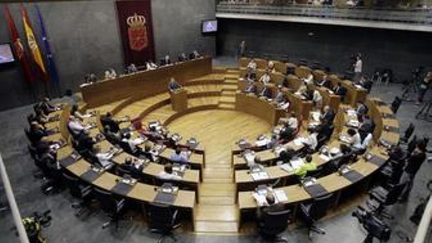 El Parlamento foral aprueba la ley para garantizar el aborto
