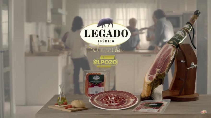 Imagen de la selección 'Legado ibérico' de elPozo con la brida equivocada / Web de elPozo