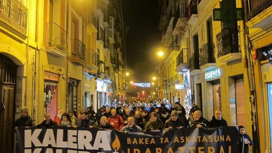 Una manifestación en Pamplona pone fin al encierro de 'Kalera Kalera' por la liberación de los presos de ETA