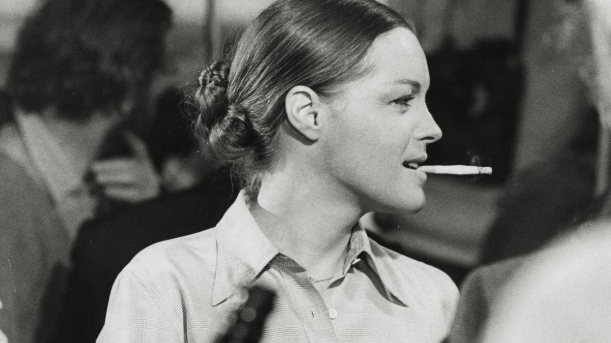 Romy Schneider en un fotograma de 'Une histoire simple', dirigida por Claude Sautet.