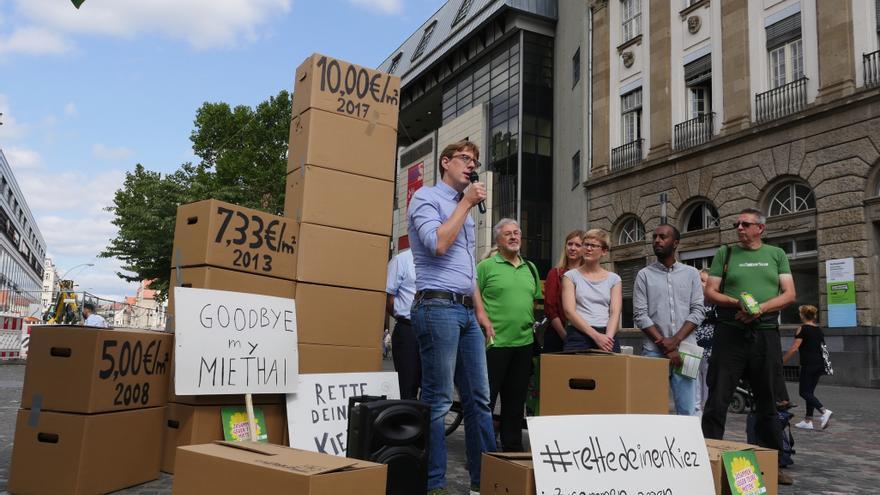 Acto de Los Verdes contra la subidad excesiva de los precios del alquiler,  en Neukölln (Alemania).