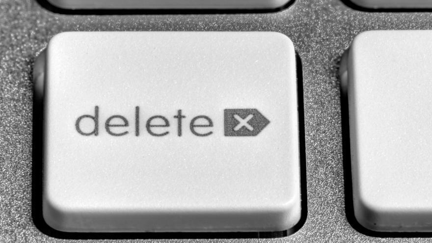 Al eliminar un archivo, en realidad no se borra ningún dato del disco duro