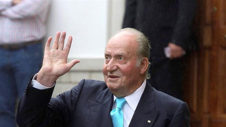 El Rey Juan Carlos asistirá a las investiduras de los presidentes de Perú y República Dominicana
