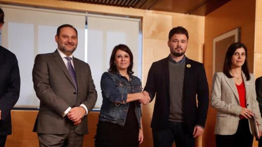 """ERC sigue en el """"no"""" a Sánchez e insiste en una mesa entre gobiernos"""