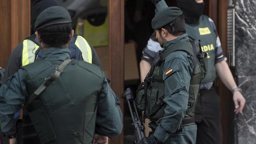 Ocho detenidos por la Guardia Civil por tráfico de armas en varias provincias