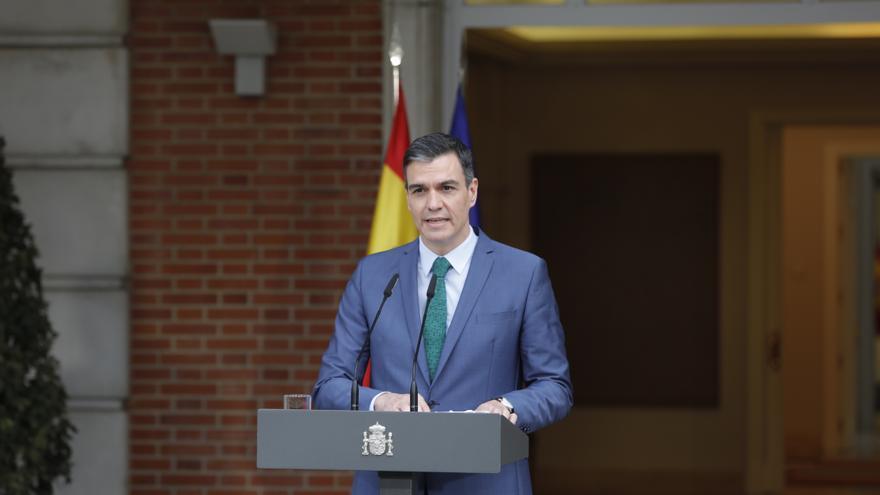 Archivo - El presidente del Gobierno, Pedro Sánchez, comparece ante los medios para informar sobre los cambios en el Ejecutivo, en Madrid (España), a 30 de marzo de 2021, tras la marcha de Pablo Iglesias del Ejecutivo.